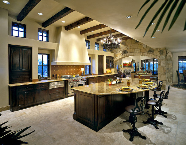 Traditional Kitchen by Jon Luce Builder