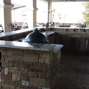 Seven Oaks Luxury Outdoor Kitchen