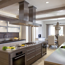 Modern Kitchen by Haefele Design
