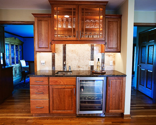 Staggered Height Cabinetry Home Design Ideas, Pictures, Remodel and Decor