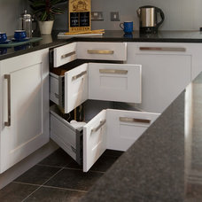 Transitional Kitchen by Glenvale Kitchens