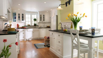 Shaker Heights Transitional Kitchen