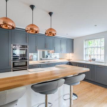 Shaker Kitchen & Living Room in Welwyn