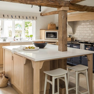 shaker kitchen in limed oak