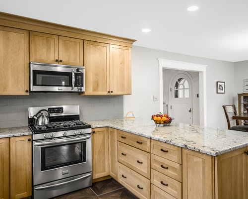 Maple Kitchen Cabinetry | Houzz on Maple Cabinets With Backsplash  id=92499