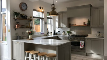 Shaker Stone Painted Kitchen