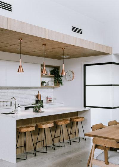 Contemporary Kitchen by Hannah Gilbert photographer