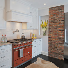 Traditional Kitchen by AllenBuilt, Inc