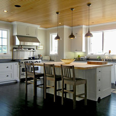 Traditional Kitchen by Stone Creek Construction