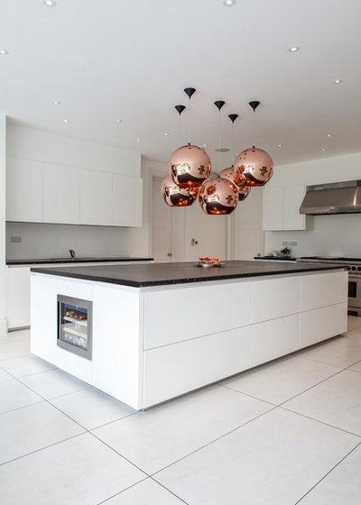 Contemporary Kitchen by Vastu Internal Design Ltd