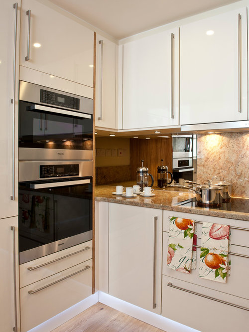 Eye level oven home design ideas renovations photos for Eye level oven kitchen designs