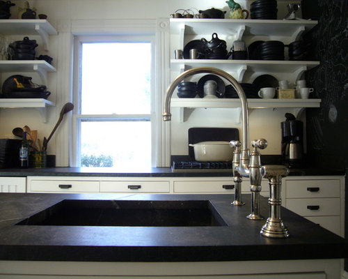 Soapstone black counters home design ideas pictures remodel and decor for Soapstone bathroom accessories