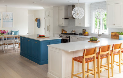 Kitchen Gets Easy Beach Style for Casual Entertaining