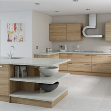 Contemporary Kitchen by Loveridge Kitchens & Bathrooms Ltd.