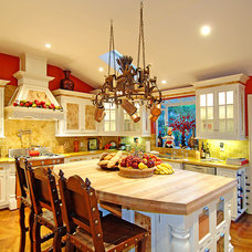 Mediterranean Kitchen by Keystone Cabinetry Inc.   Since 1984