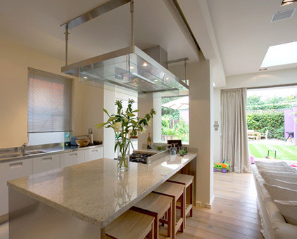 Contemporary Kitchen SHH