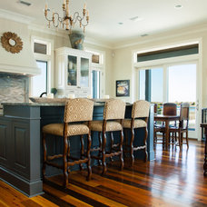 Traditional Kitchen by Mortise and Tenon
