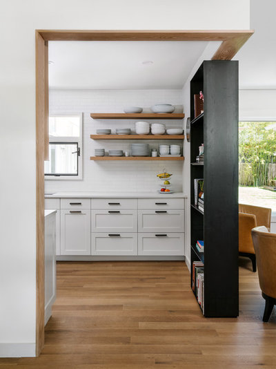 Country Kitchen by Point B Design Group
