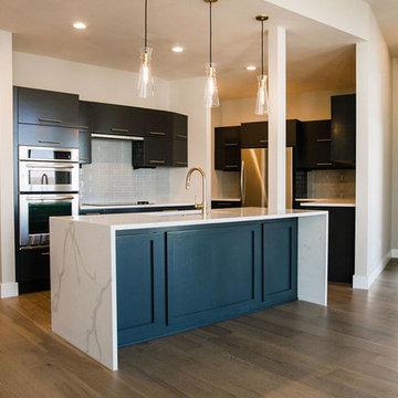 Shore Condominium || Remodel || Austin, Texas
