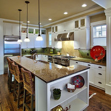 Traditional Kitchen by Dan Nelson, Designs Northwest Architects