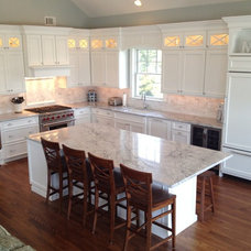 Beach Style Kitchen by Harbaugh Developers