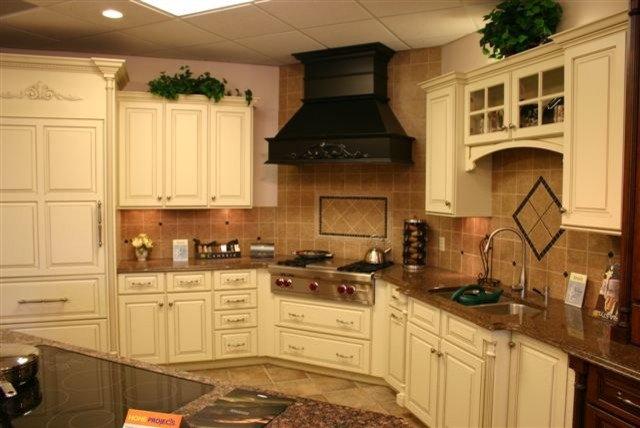 Kitchen by Brewer Cabinets