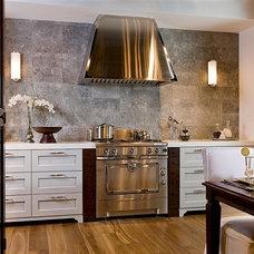 Kitchen by Dalia Kitchen Design