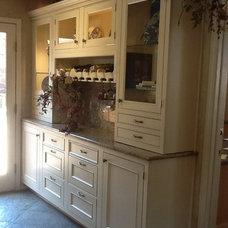 Traditional Kitchen by Dillard Kitchen and Bath
