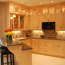 Traditional Kitchen by Ellis Creek Kitchens