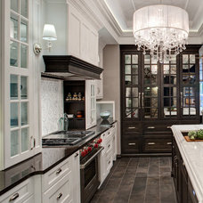 Contemporary Kitchen by Airoom Architects-Builders-Remodelers