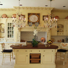 Traditional Kitchen by Giammarco & Associates, Inc.