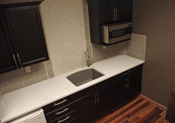Contemporary Kitchen by United Floor Covering