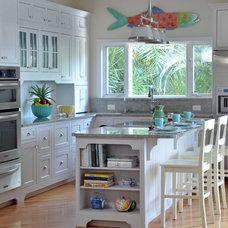 Traditional Kitchen by Benson & Associates, Interior Design