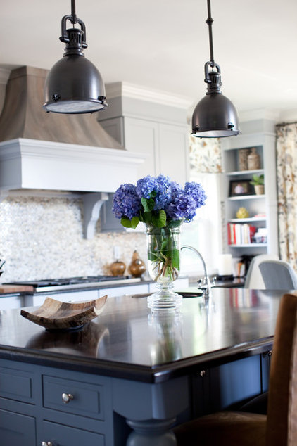 Kitchen by Smart Home Services