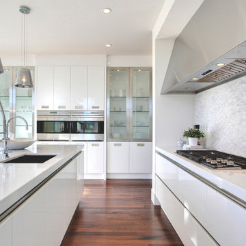 Sifton One     Contemporary     Kitchen & Bathrooms