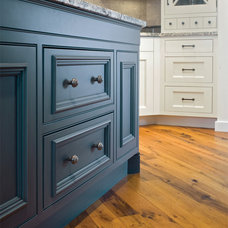 Traditional Kitchen by Kitchen Classics - Charles Heller