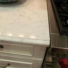 Traditional Kitchen silestone lyra countertop
