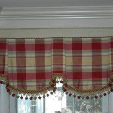 Traditional Kitchen Silk Sheffield Valance