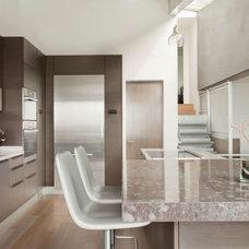 Contemporary Kitchen by GEORGE Interior Design