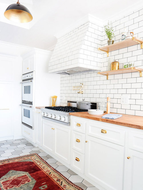 subway kitchen backsplash farmhouse kitchen design ideas amp remodel pictures houzz 2598