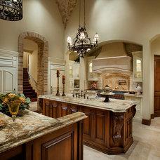 Mediterranean Kitchen by Fratantoni Luxury Estates
