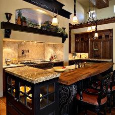 Mediterranean Kitchen by Fisher Custom Homes