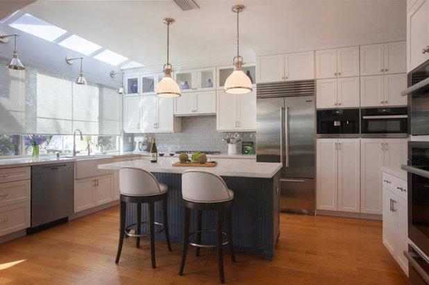 Contemporary Kitchen by Linda Rosen Interiors