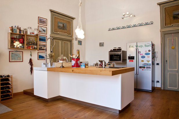 Cucina del mese: l'isola perfetta è moderna ma circondata dalla storia