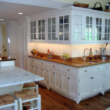 Traditional Kitchen by Timothy Burke Architecture Inc.