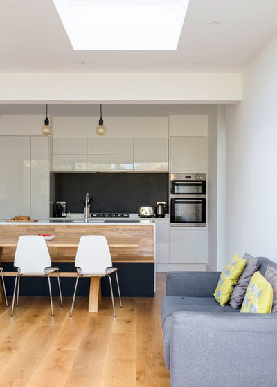 Contemporary Kitchen by VORBILD Architecture