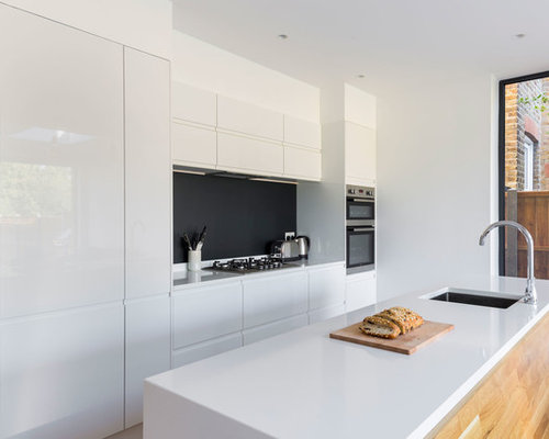 Modern Kitchen Design Ideas Renovations Photos With Black Splashback