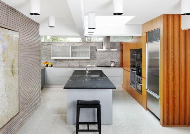 Midcentury Kitchen by Welch Forsman Associates