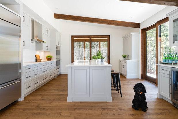 Transitional Kitchen by Élysée