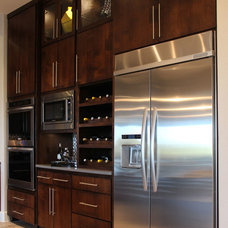 Modern Kitchen by TaylorCraft Cabinet Door Company